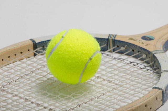 妊娠中のテニスはダメ